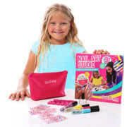 Birthday present idea for girls Ella box