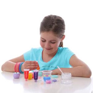 girl making lip balm